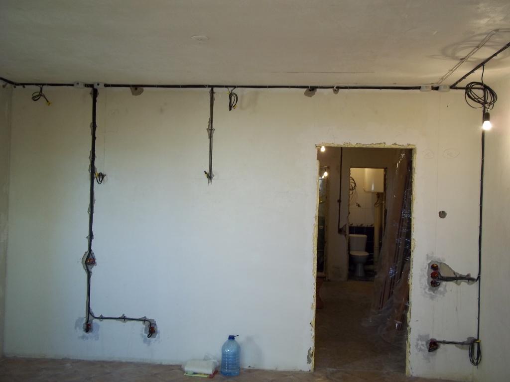 Заменить проводку в доме